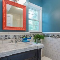 Bathroom & Mirror